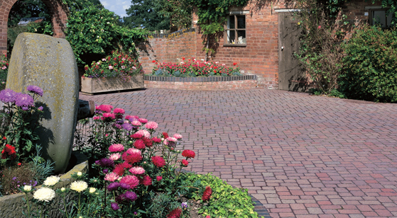Woburn Rumbled Block Paving